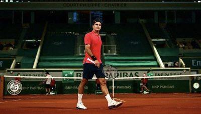 Federer 'escucha a su cuerpo' y se retira por primera vez de un Grand Slam