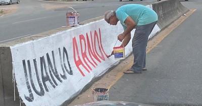 La Nación / Critican que propaganda de candidato de Dany Centurión use infraestructura vial