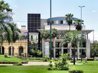 24 Hs para que Mario Abdo vete escandalosa ley de expulsión de legisladores