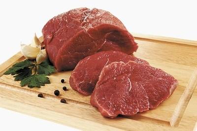 La industria atribuye el alto precio de la carne a la ganadería