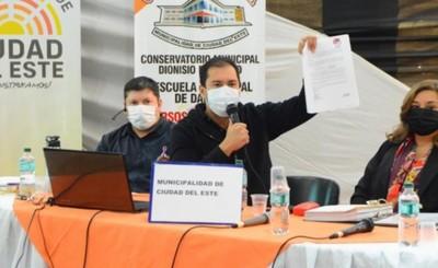 """Prieto: """"Asumo que traer las vacunas es una gran deuda de mi gobierno"""""""