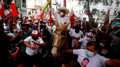 Perú: con el 94% de las actas procesadas, izquierda pasa al frente y supera a Keiko Fujimori