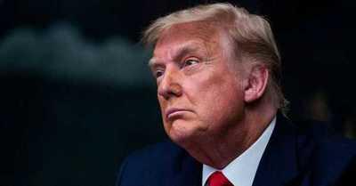 """Trump reaparece enpúblico asegurando que volverá a la Casa Blanca """"antes de lo que piensan"""""""