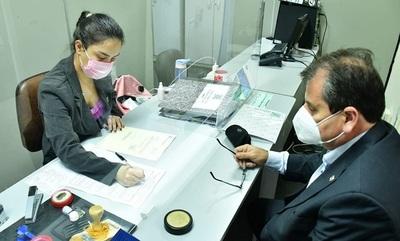 Yacyretá netregó hoy más documentos sobre gastos sociales a Contraloría