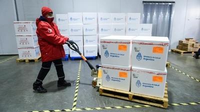 Famosos piden al G7 que done vacunas de coronavirus a los países pobres