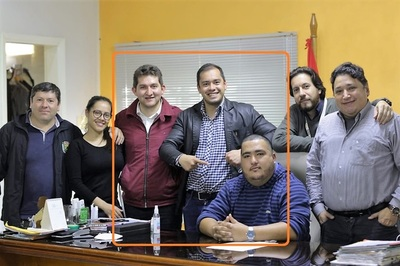Hugo Benítez y Pedro Acuña EXIGIERON US$ 100 mil para CONCEJALES por COSTANERA