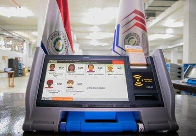 Máquinas de votación ya fueron distribuidas en todos los distritos del país