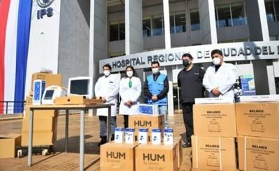 Itaipu entregó nuevo lote de insumos y equipos al Hospital Integrado