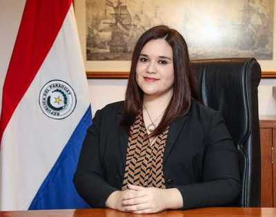Hacienda designa nueva directora de Política de Endeudamiento