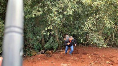 Feminicidio en CDE: Encuentran a una mujer maniatada en un barranco