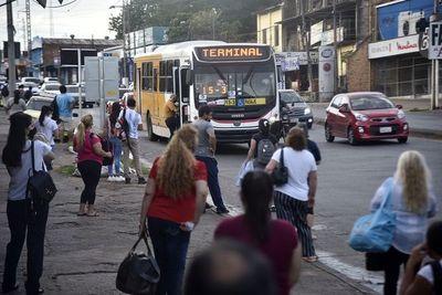 Anuncian un paro del transporte público desde el lunes 14 de junio