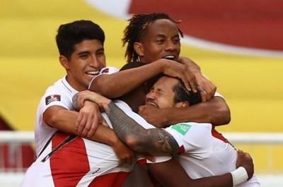 Perú festeja en Ecuador