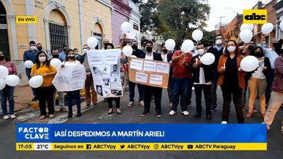 Adiós a Martín Ariel: Grupo ABC repudia pérdida de más de 10.000 vidas