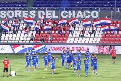 Un aplauso de 23 jugadores, con la fuerza de 7 millones de paraguayos