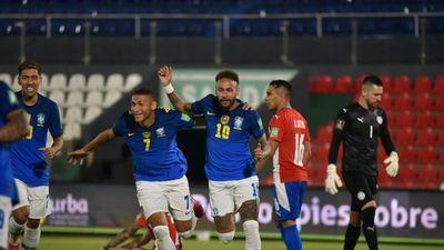 Paraguay no puede ante Brasil y cede su invicto