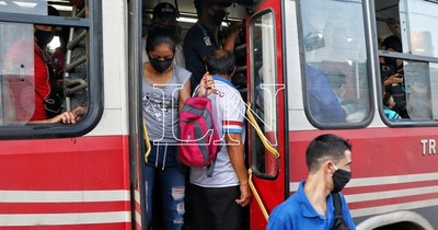 La Nación / Cetrapam insiste en que los buses operan por debajo de una tarifa adecuada