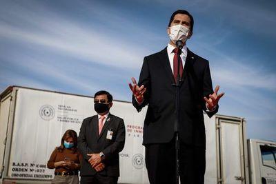 """Coronavirus: Ministro reconoce errores en pandemia, pero """"ningún Gobierno tiene experiencia en situaciones como esta"""""""