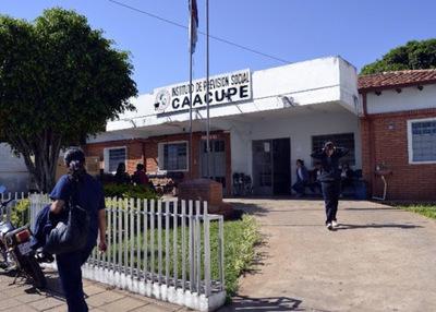 Director de IPS de Caacupé será sumariado tras denuncia de supuesto uso irregular de insumos