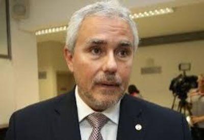 Zavala dice que presidiría el Senado si hay acuerdo programático