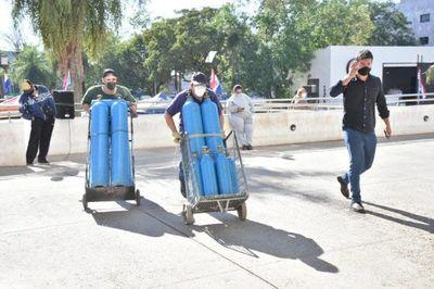 Covid-19: Gobierno pide al Brasil ampliar importación de oxígeno
