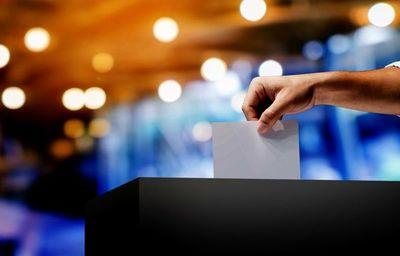 Solo el 50% de los jóvenes acude a votar en el día de las elecciones, según el TSJE