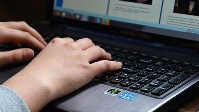 Un error de programación causó la caída de páginas de internet