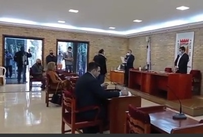 Contrera asume en reemplazo de Hugo Benítez en la Junta Municipal de CDE