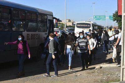 Pese a paro, transportistas deben cumplir frecuencia mínima, advierte Viceministerio