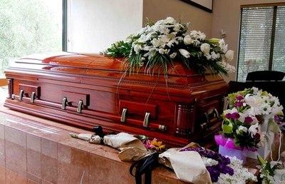 Vacaciones, manifestaciones, Semana Santa y encuentros de ocio dispararon número de muertos por COVID, afirman desde funeraria