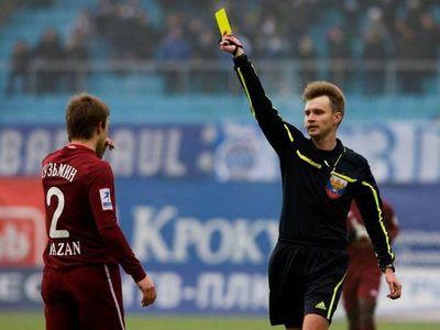 UEFA: Diez años de sanción a árbitro relacionado con amaños