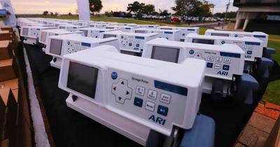 Salud recibe donación de equipos para UTI