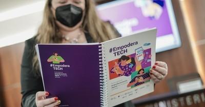 La Nación / Presentan EmpoderaTECH, una guía virtual para mujeres maduras