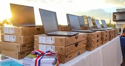 La Nación / MEC entregará 600.000 materiales impresos y equipos tecnológicos para estudiantes