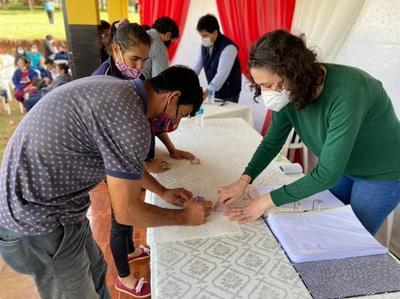 Benefician a familias de Minga Guazú con subsidios del Fonavis