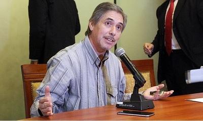 """César Ruiz Díaz, de Cetrapam, he'i que hay """"rigor científico"""" en que trabajan 57% César Ruiz Díaz, de Cetrapam, sostiene que se demostró """"con rigor científico"""" que trabajan 57% por debajo de la tarifa"""