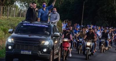 La Nación / Candidato a la titularidad del PLRA hace campaña sin respetar protocolo sanitario