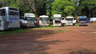 La SENABICO entregó camiones incautados con droga a las FF.AA.