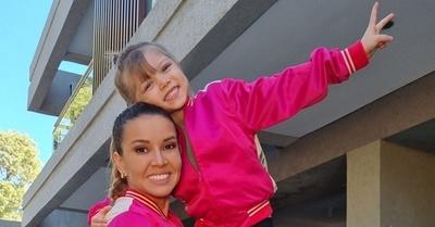 La increíble y hermosa relación de Dallys con su hija India