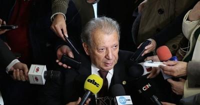 """La Nación / """"Calé"""" espera que Abdo vete ley de autoblindaje"""
