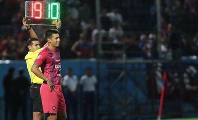 Cerro Porteño deja ir a su histórico '10' y a otro delantero
