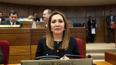 Negociación por mesa directiva desata acusaciones de Zulma Gómez contra Samaniego