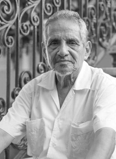 El conocido actor paraguayo Ramón del Río necesita urgente una cama UTI