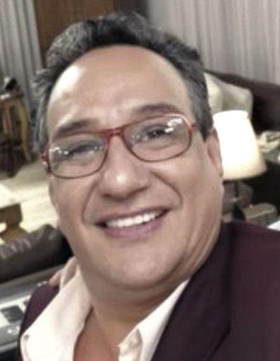 Denuncian a Hugo Javier por despilfarro de dinero