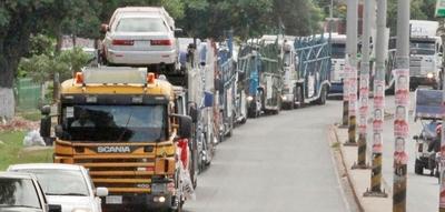 Consulados recomiendan precauciones en pasos fronterizos en esta temporada