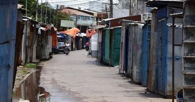 La Nación / Comerciantes de frontera urgen acelerar proceso para lista final de beneficiados