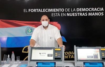 TSJE detalla diferencias entre máquinas de votación y urnas electrónicas
