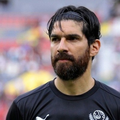 "El ""Loco"" Abreu se retira del fútbol profesional"