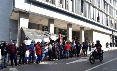 Choferes piden liberar internos para garantizar transporte durante paro