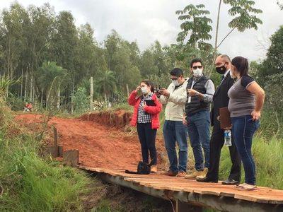Fiscales se constituyen en Tacuatí para investigar el colapso del puente
