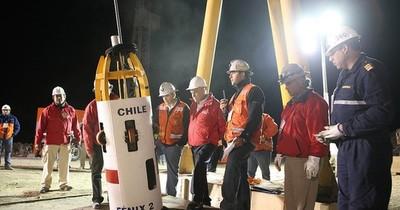 La Nación / Chile: 31 de los 33 mineros de Atacama recibirán US$ 55 mil